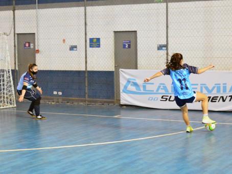 Taubaté Futsal joga com equipes principal, feminina e de base no fim de semana
