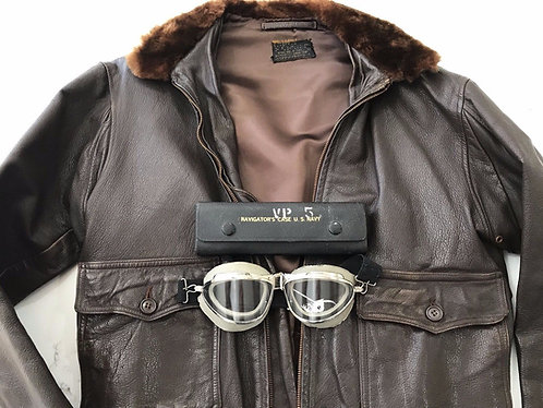 Vintage US WW2 WWII USN Navy G1 Flight Bomber Jacket with NAV CASE and GOGGLES