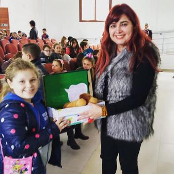 Angélica Rizzi participou da 18ª Feira do Livro de Igrejinha