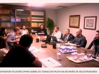 Registrador Figueiró participa de reunião no Colégio Registral/RS