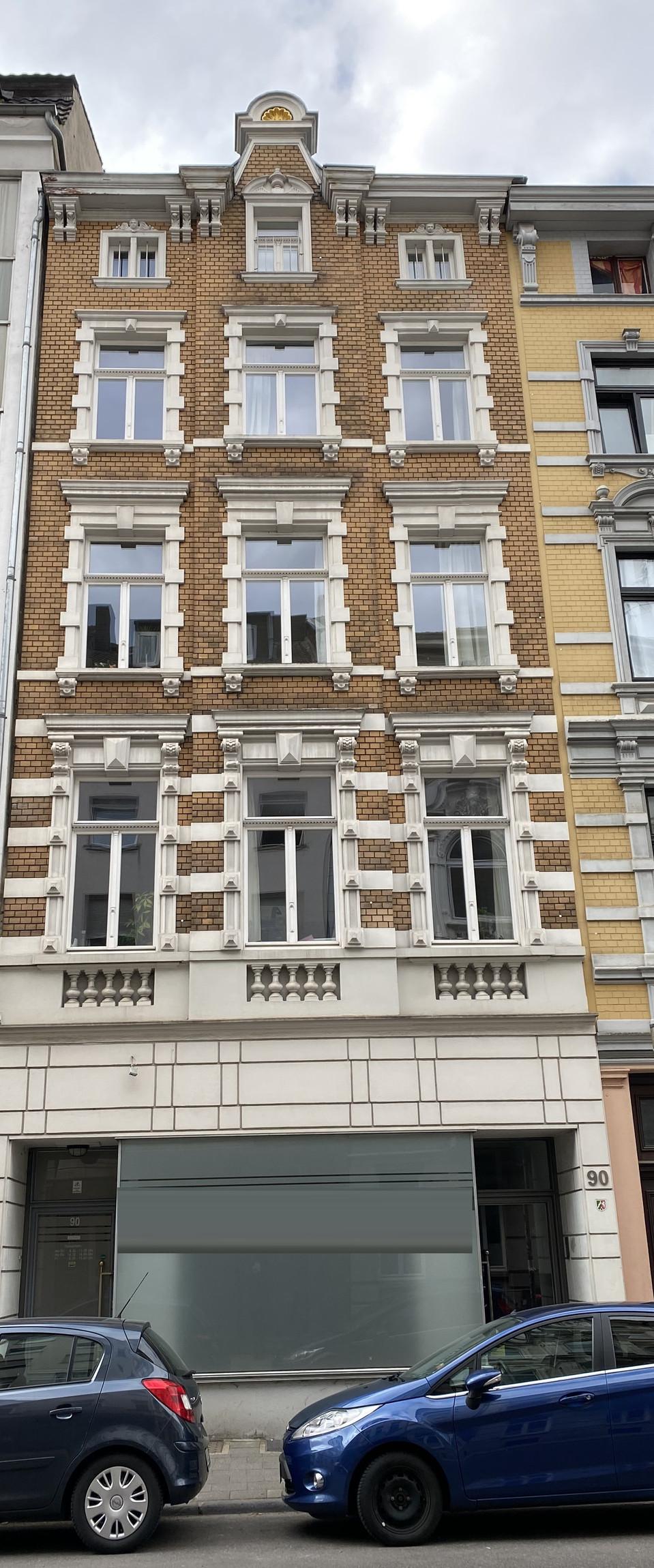 Attraktives 5-Parteien-Mehrfamilienhaus in zentraler Wohnlage I Frankenberger Viertel
