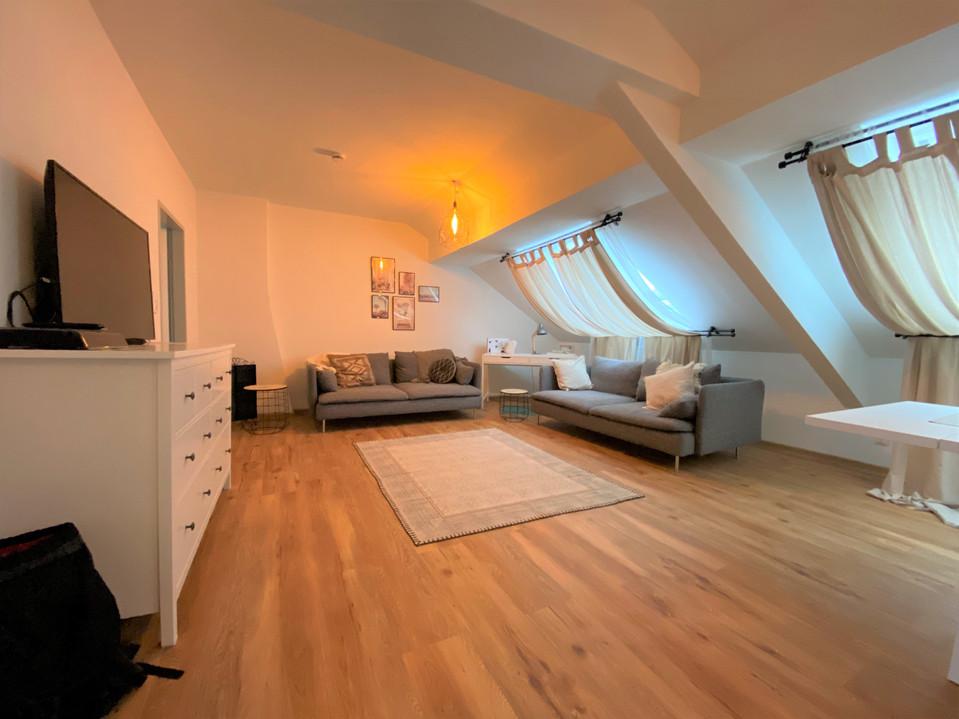 Moderne 2-Zimmer-Dachgeschosswohnung in zentraler Innenstadtlage I Aachen-Zentrum
