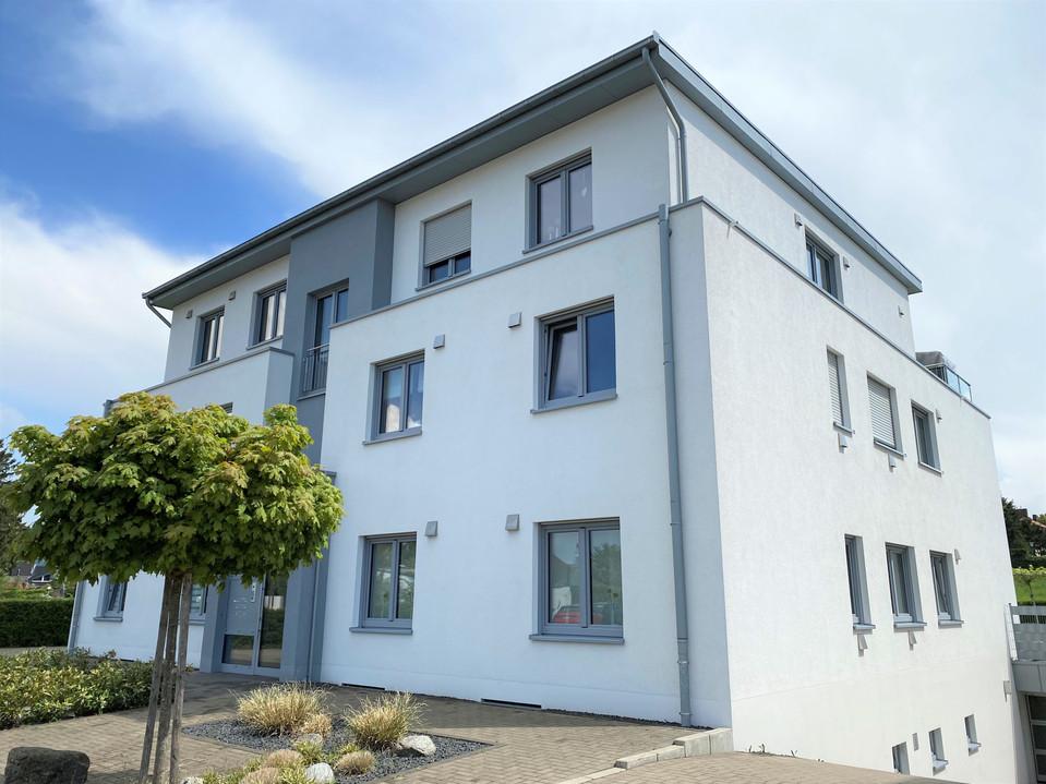 4-Zimmer-Terrassenwohnung in hochwertiger Ausstattung und großzügigem Gartenbereich I Aachen-Würselen