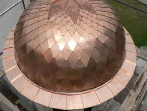 Купол на църква от медна ламарина