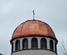 Църква меден покрив