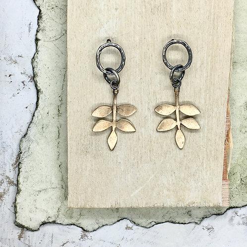 Bronze leaf studs