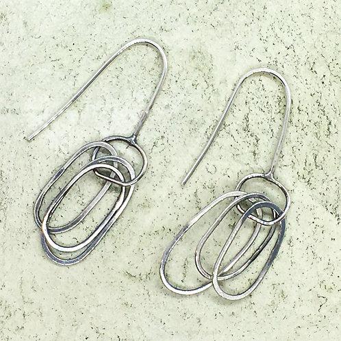 Drop earring in silver XER03