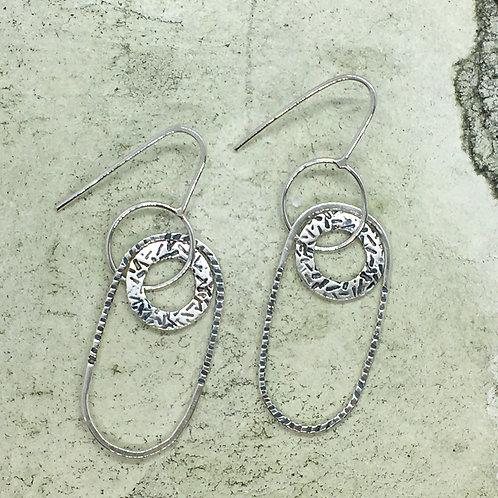 Drop earring in silver XER08