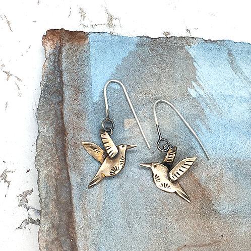 Hummingbird drop earrings in bronze