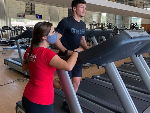 Os 4 exercícios de reforço muscular que deve incluir no seu plano de treino de corrida