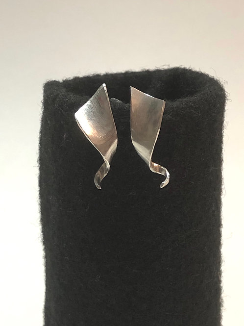 Spriangle earrings | solid sterling silver | stud earrings
