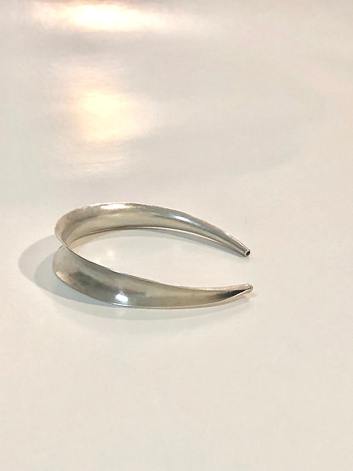 simply silver wrist cuff | sterling silver | anticlastic raising technique
