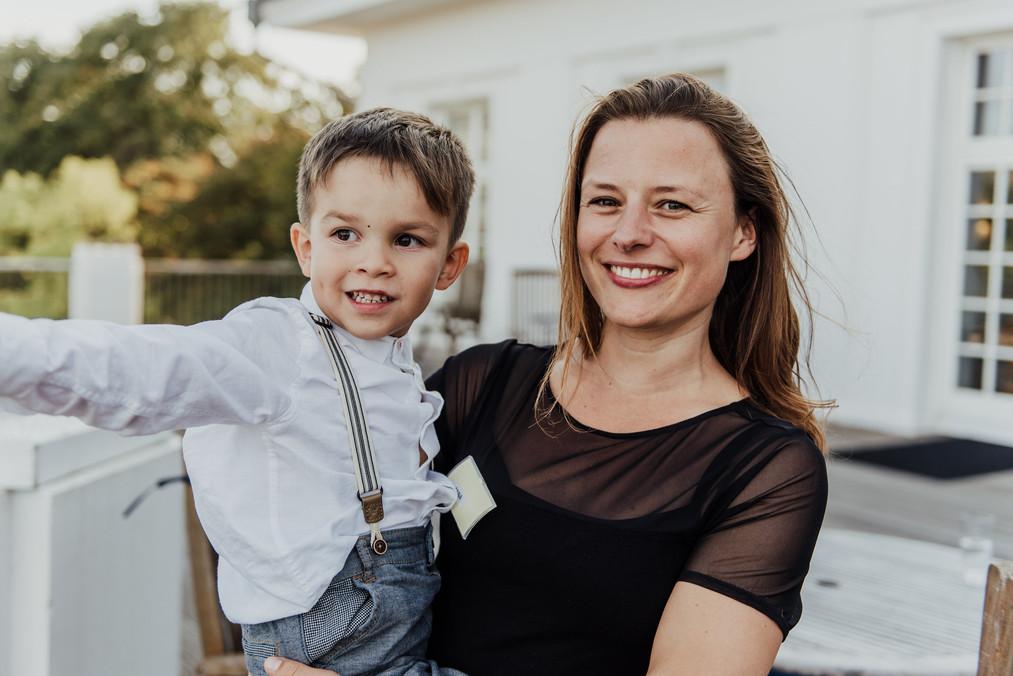 Anna-Julia Schlemminger Gründerin von LUYA Kidscorner  Mehrsprachige Kinderbetreuung auf Workshops, PR Events und Hochzeiten