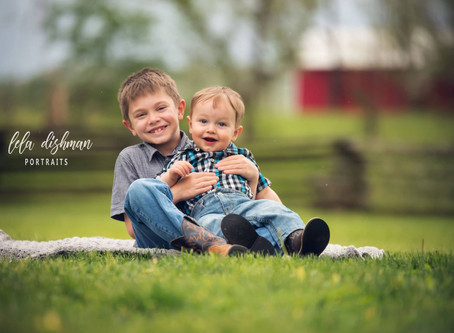 Spring Family Photography- Monticello, Albany, Somerset Kentucky Photographer