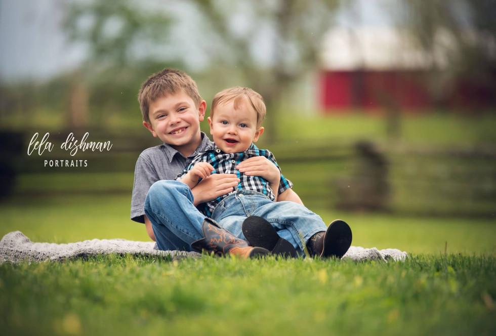 Spring Family Photography- Monticello, Albany, Somerset Kentucky Photographer