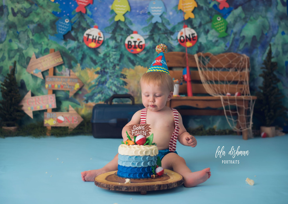 Hudson is turning one ~Cake Smash Photography Monticello, Somerset KY