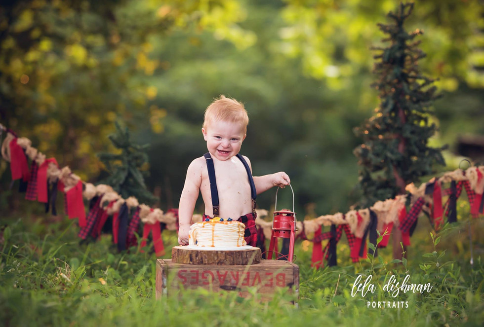 Barrett is one! Monticello, Somerset KY Child Photographer - Lela Dishman Portraits