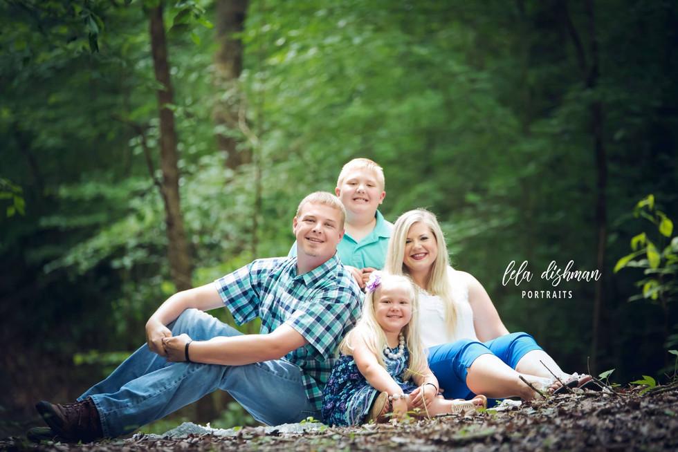 Smith Family- Monticello, Somerset Ky Photography - Lela Dishman Portraits
