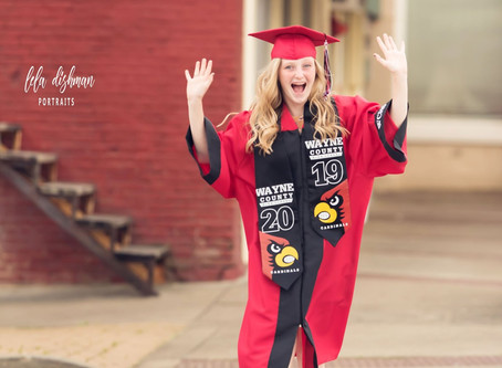 Cap & Gown Photography- Monticello, Somerset KY