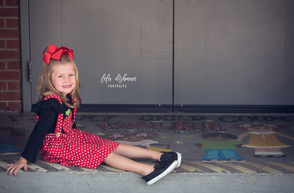 Lea is starting Kindergarten! Kentucky Portrait Photographer - Lela Dishman Portraits
