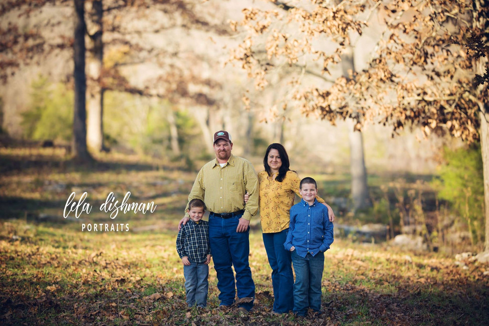 Gregory Family Session {Monticello, Somerset KY Family Photographer} Lela Dishman Portraits