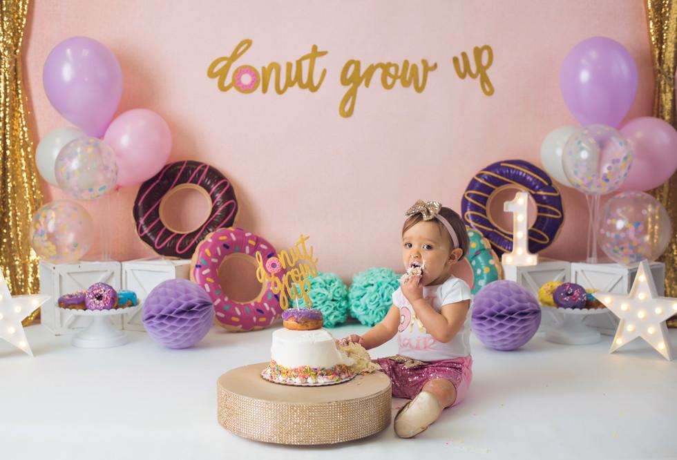 Blair ~ First Birthday cake smash and splash ~ Monticello, Somerset KY Photography Studio