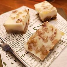 いちじくとクルミのレアチーズ
