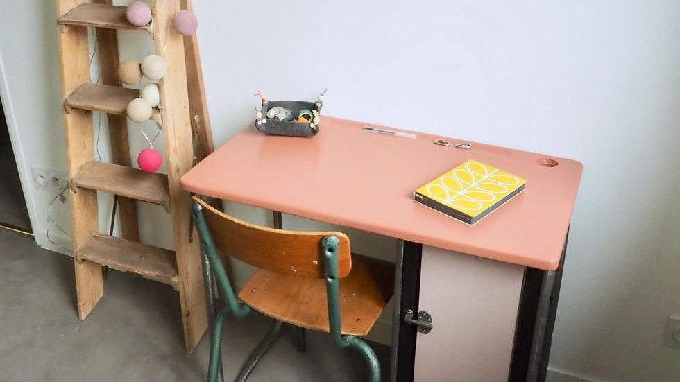 Bureau vintage GAO