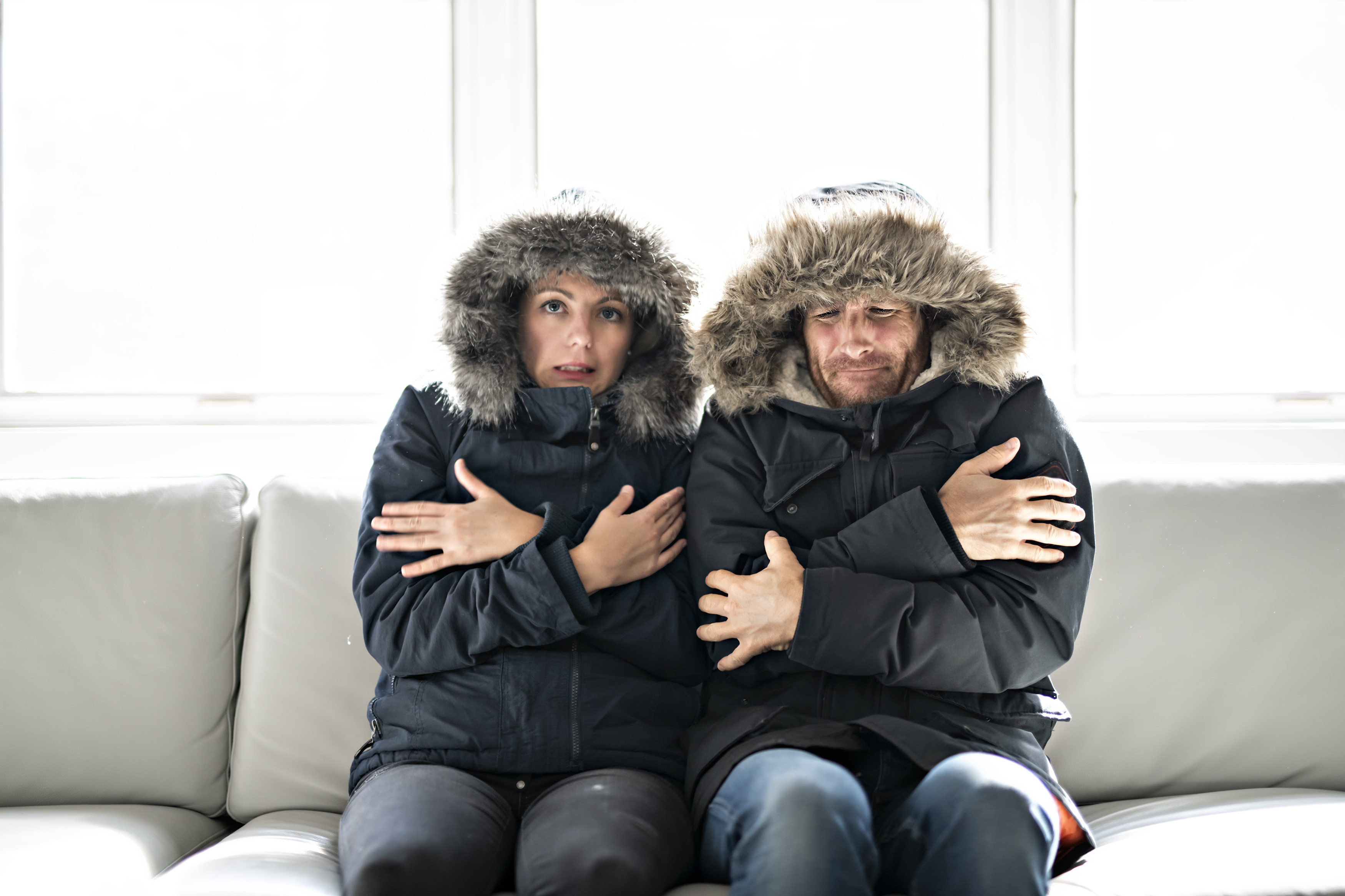 bigstock-Couple-Have-Cold-On-The-Sofa-A-