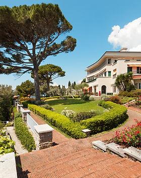 Seaside Villa Giardini