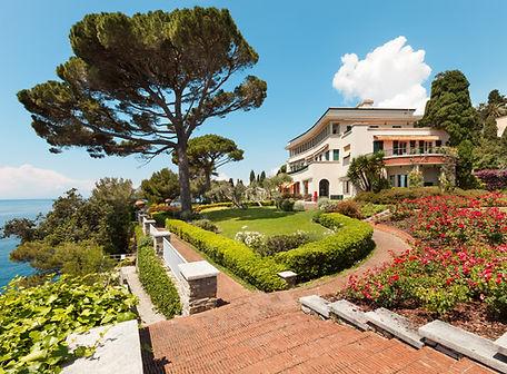 Mer Villa Gardens