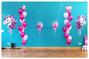 11 Latex Balloon Bouquet with Foil Topper
