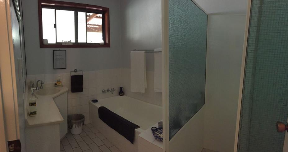 house - bathroom.jpg