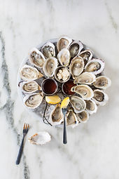 VISIT_BALTIMORE_loch_bar_oysters_2016_6.jpg