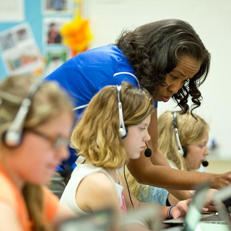 4 razões pelas quais a tecnologia instiga as crianças a aprender
