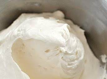 WHIPPED CREAM CHEESE (8OZ)