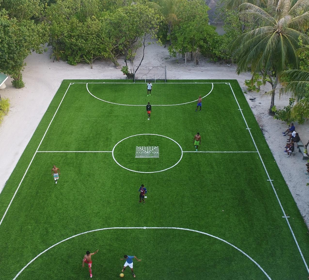 Kanuhura Football Pitch-min
