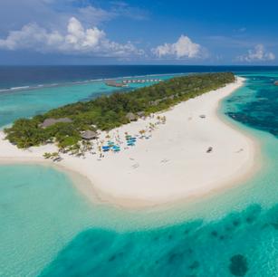 Курорт Kanuhura Maldives получил престижную награду «5 звезд» от Forbes Travel Gude