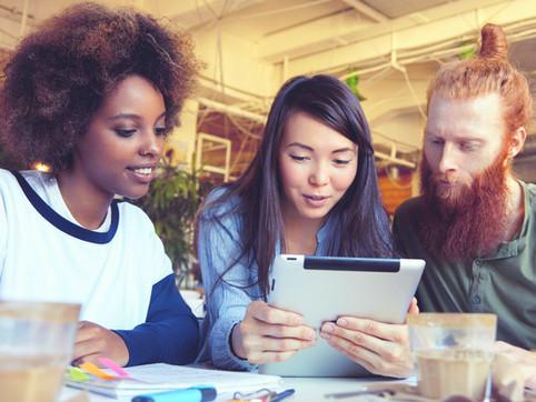 "Lancement du Plan Jeune ""1er Job, 1er Bulletin de Paie"" : aujourd'hui"