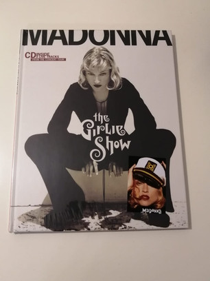 Disponible: Girlie Show Book + CD + Imán de Regalo