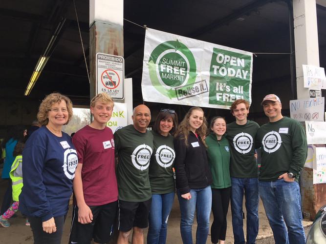 Volunteers at the Summit Free Market