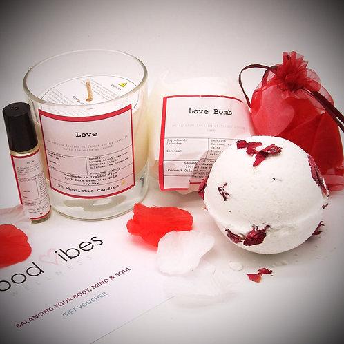'Love' Aromatherapy Gift Set