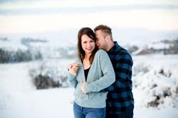 winter-engagement-photos-colorado