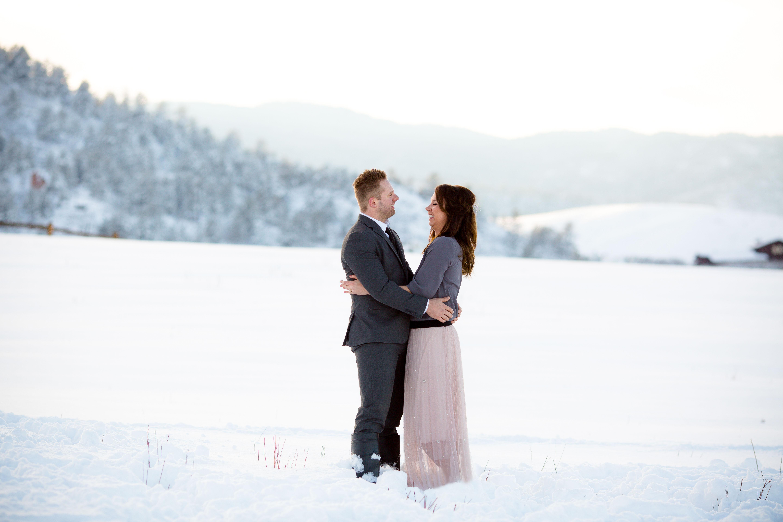 colorado-winter-engagement-photos