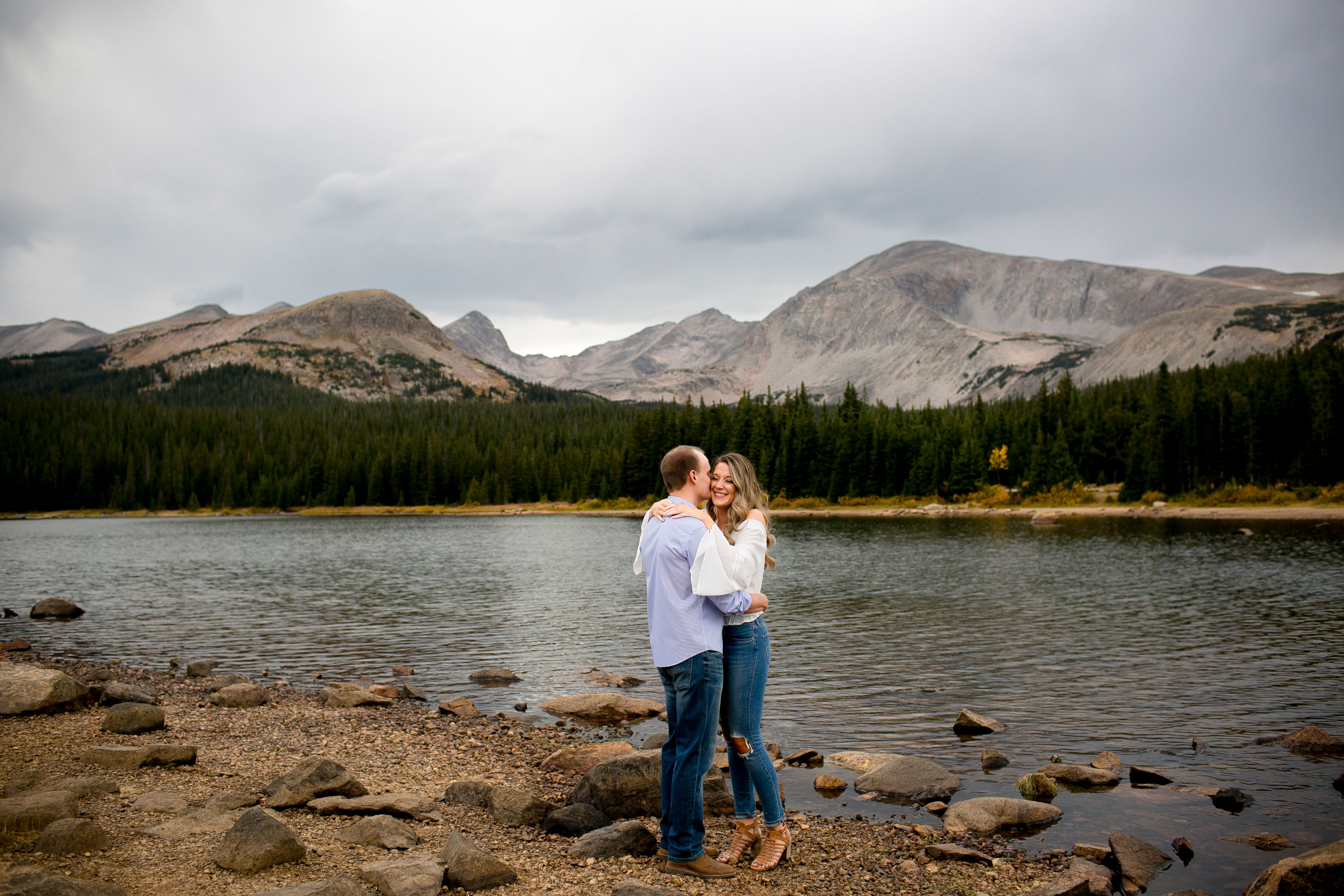 mountain-engagement-photos-colorado