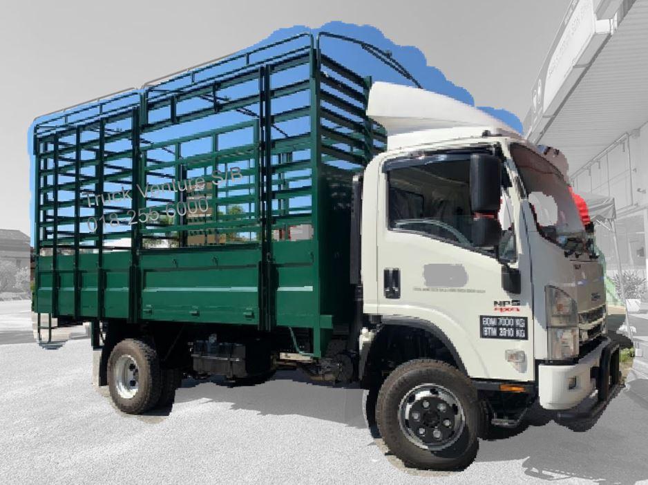 Isuzu 4x4 High Fixed Sided Lorry
