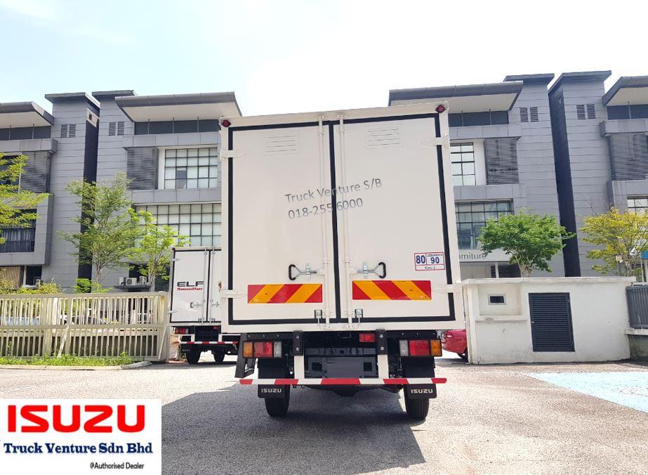Isuzu Lorry Back Doors