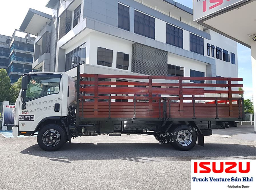 Wooden Cargo Isuzu Lorry 16.5 feet