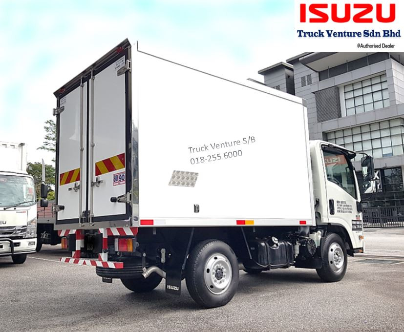 Small Bonded Lorry Isuzu