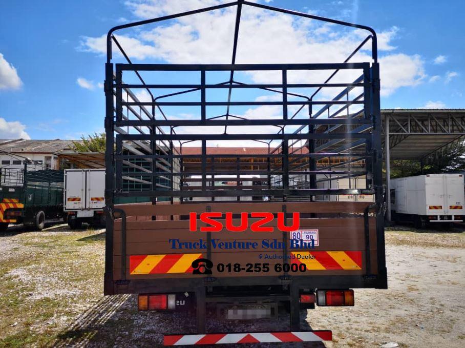 Isuzu Lorry Wooden Body